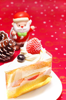 苺のショートケーキとサンタクロース
