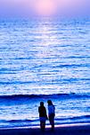 江ノ島 片瀬海岸の夕暮れ