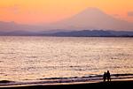 江ノ島片瀬海岸から見た富士山