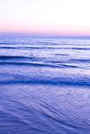 夕暮れの江ノ島片瀬海岸