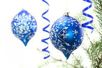 青いクリスマスオーナメント