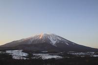 朝焼けの岩手山