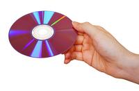 DVDを持つ手