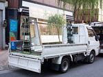ガラス運搬用のトラック