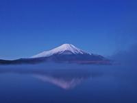 山中湖の逆さ富士
