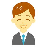 スーツの男性 笑顔