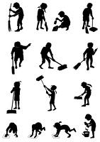 掃除する子供達