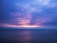北海道石狩市の夕焼けと海