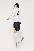 バリエーション豊かで使いやすい白背景スポーツ人物写真素材