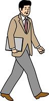 ノートPCを持って歩く50代ビジネスマン