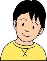 微笑む小学生男子