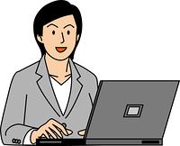 パソコンで作業する30代ビジネスウーマン