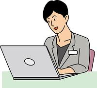 笑顔で仕事をする30代ビジネスウーマン