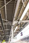 鉄道のホームの屋根