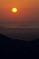 江の島と日輪