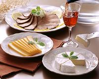 チーズとローストビーフ