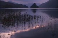 秋元湖の日出