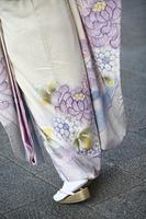 着物を着た女性の足