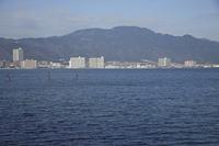 琵琶湖と比叡山
