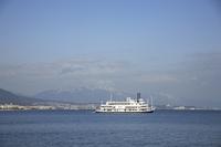 運行中の琵琶湖遊覧船ミシガン