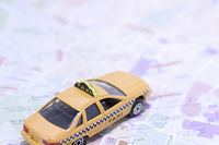 ミニカーと地図