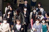 マスクをした人たち