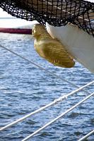 帆船の舳先