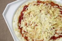 レトルト食品のピザ