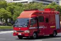 火災現場に走る消防車