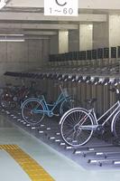 屋内の有料駐輪場