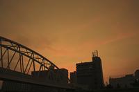 鉄橋の夕景