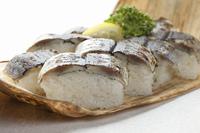 サンマのあぶり寿司