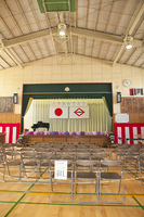 入学式前の体育館
