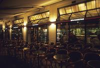 パリのブラッセリー