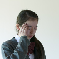 頭痛がする中学生