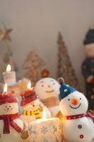 クリスマスグッズとキャンドル