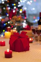 プレゼントとキャンドル