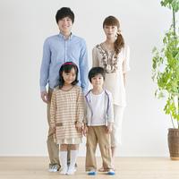 4人家族のポートレート
