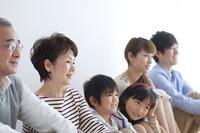 3世代家族の横顔
