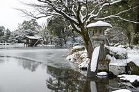 金沢 雪の兼六園