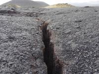キラウエア火山の地割れ