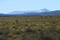 キャニオンからウイリアムズに向かう車窓左の雪山