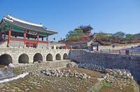 世界遺産である水原華城