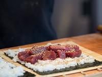 鮪の太巻き寿司