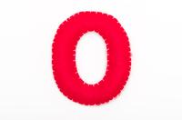 赤いフェルトの数字 0