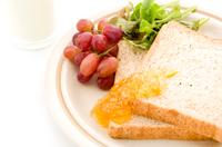 胚芽パン 朝食イメージ