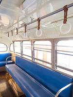 レトロな乗り合いバス