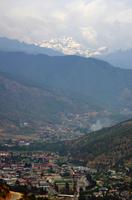 ブータンヒマラヤとティンプーの街並み