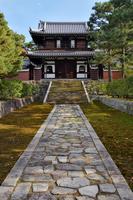 建仁寺の開山堂