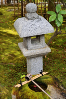建仁寺の燈篭